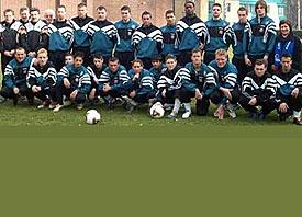 Wenn Fremde sich plötzlich um den Hals fallen und gemeinsam jubeln – Fussball-WM 2006 der Menschen mit Behinderung