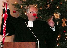 Wenn der Pfarrer vor dem Altar tanzt: Sessionseröffnungsgottesdienst in Dellbrück