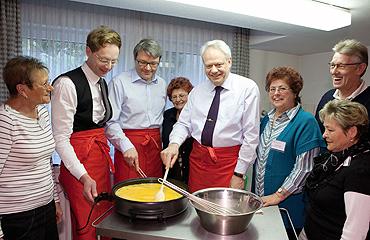 Seniorennetzwerk Höhenhaus: Lebensqualität steigt durch Mittagstisch