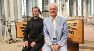 Harald Schmidt und Andreas Meisner als brillantes Duo im Altenberger Dom