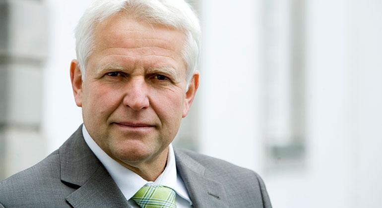 Stadtsuperintendent Rolf Domning ruft zum Gebet für Frieden in Syrien auf