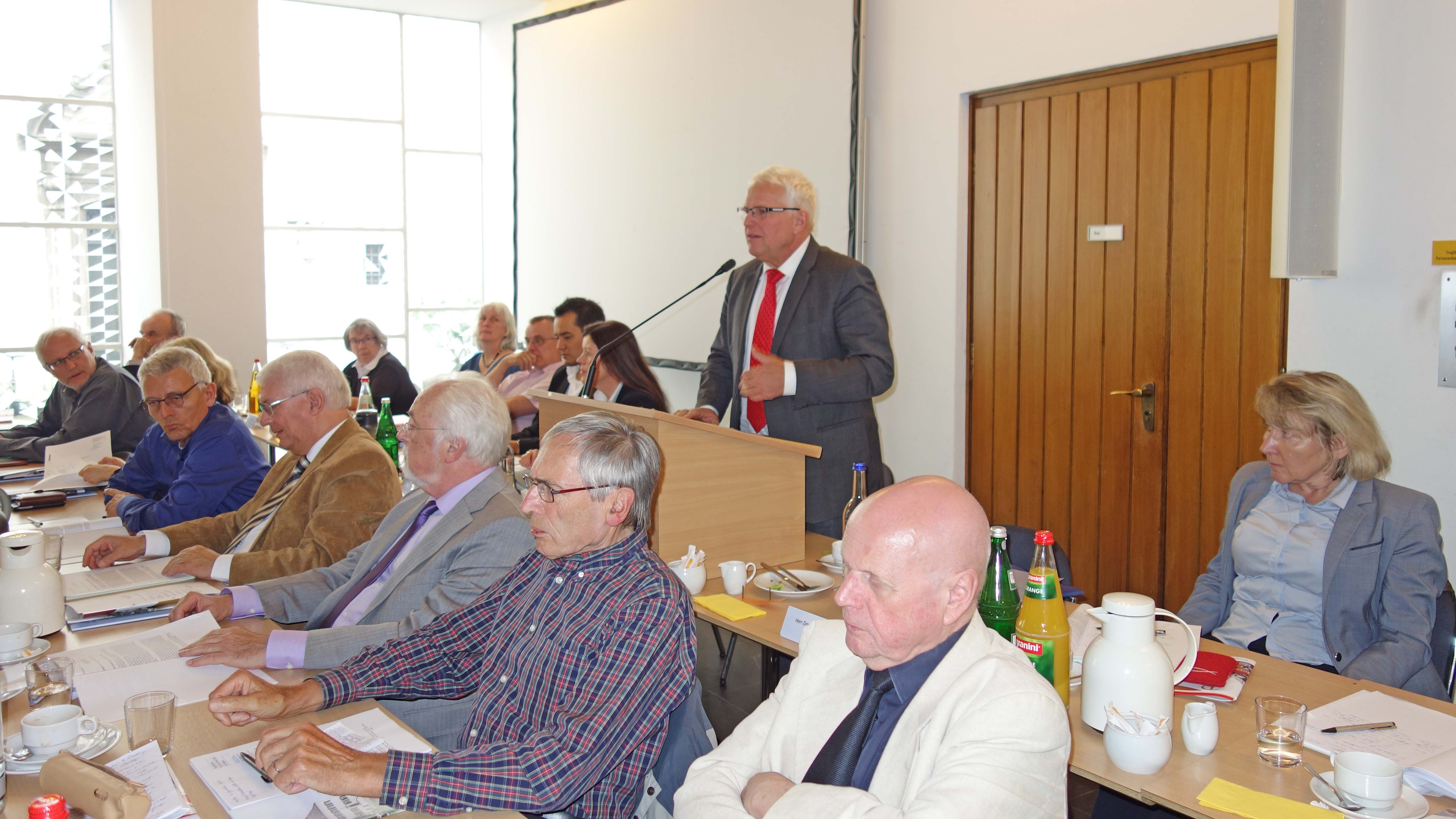 Stadtsuperintendent Rolf Domning