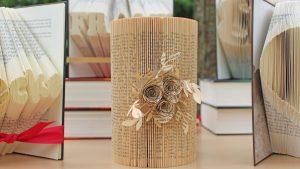 Eselsohren als Buch-Schmuck: Aus alten Büchern in Bergisch Gladbach entstehen filigrane Kunstwerke