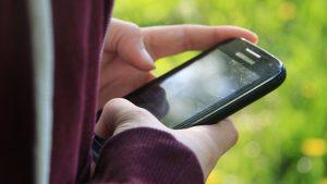 Evangelische TelefonSeelsorge Köln bietet Ausbildungsplätze für ehrenamtliche Helferinnen und Helfer