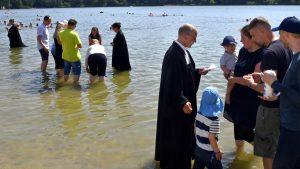 Erster Taufgottesdienst am Hürther Otto-Maigler-See
