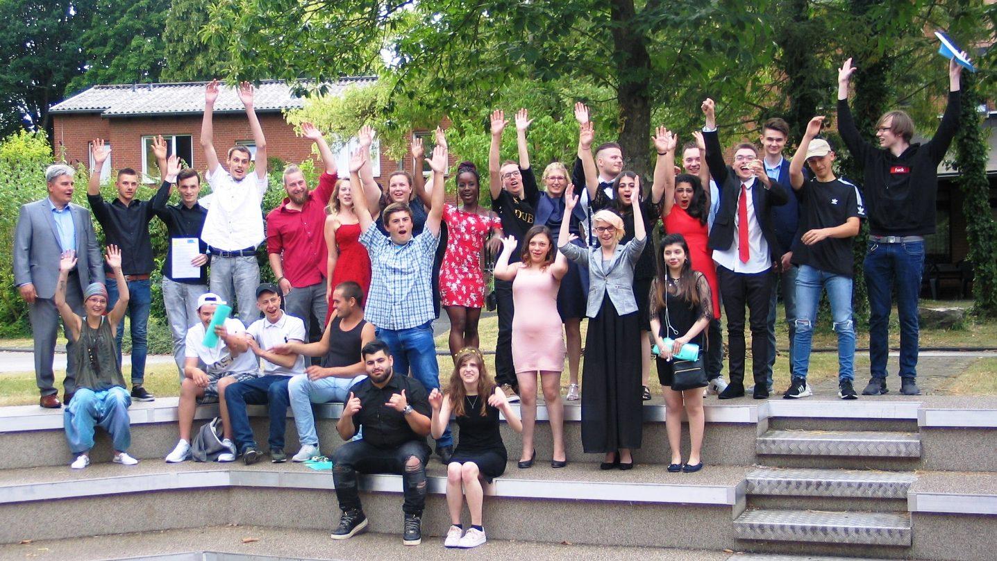 Abschlussfeiern für die erfolgreichen Absolventen ihrer Berufsausbildung 2019 im CJD Berufsbildungswerk Frechen