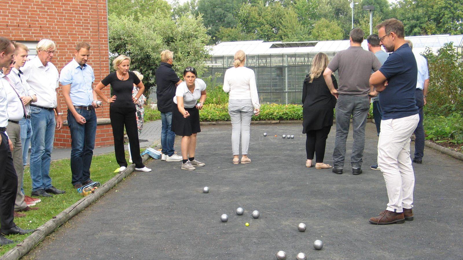Siebtes Boule Turnier im CJD Berufsbildungswerk Frechen – Wirtschaftsclub Köln errang den ersten Platz