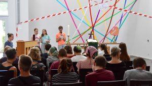 Vom Sinn und Unsinn der Grenzen – Jugendliche feierten Gottesdienst zum CSD