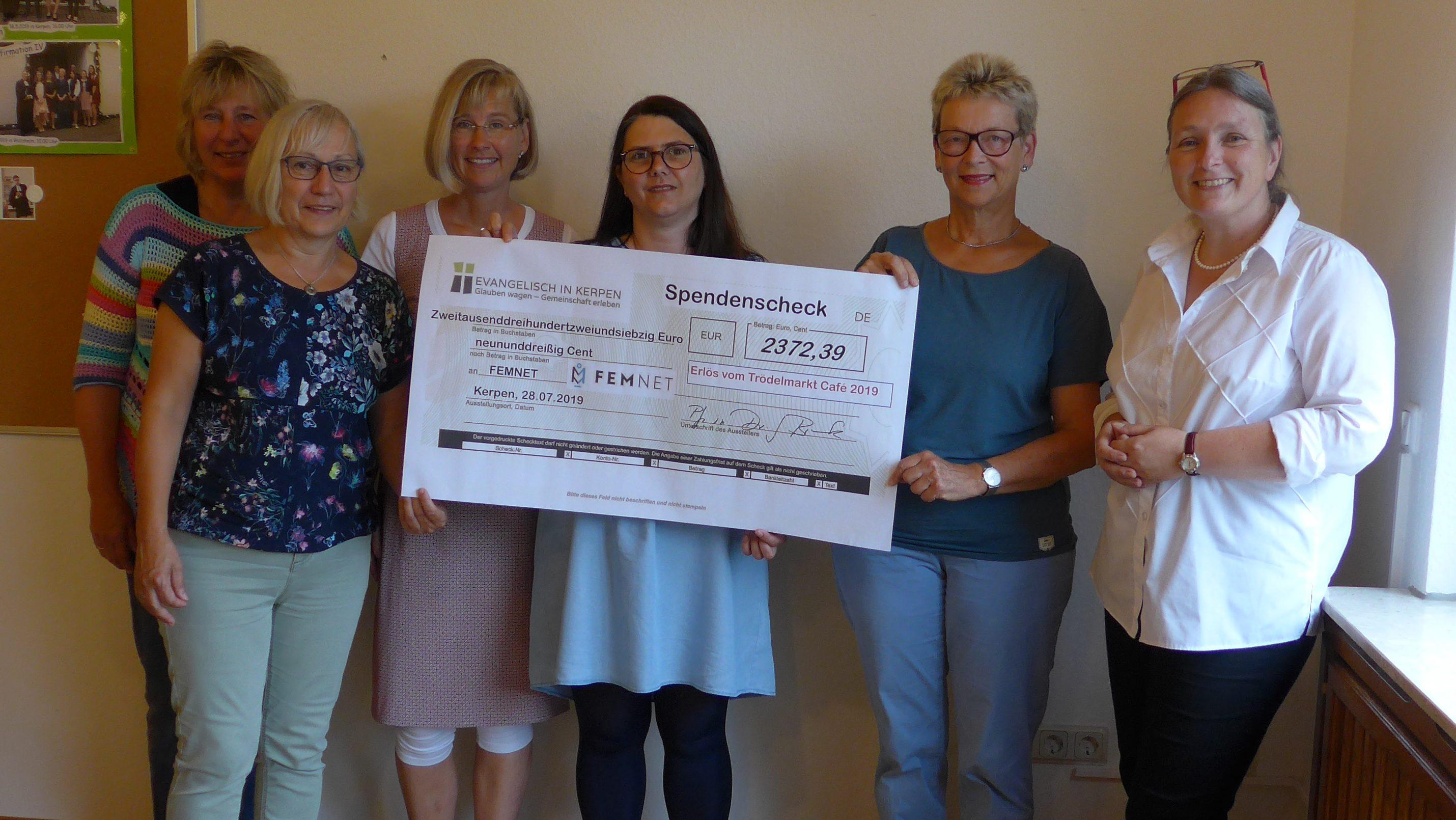 Evangelische Kirche in Kerpen spendet Café-Erlös für Textilarbeiterinnen