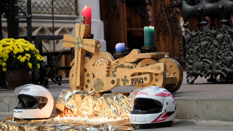 Ein bewegender Abschluss der Motorradsaison 41. Gedenkgottesdienst der Aktion Blauer Punkt für verunglückte und verstorbene Motorradfahrer
