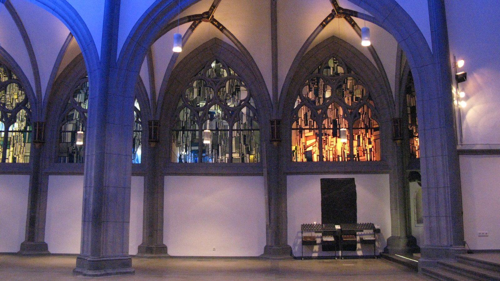 """Lichter, Klänge, Stille – sakrale Räume neu erleben – am 13. März """"Langen Nacht der Kirchen"""""""