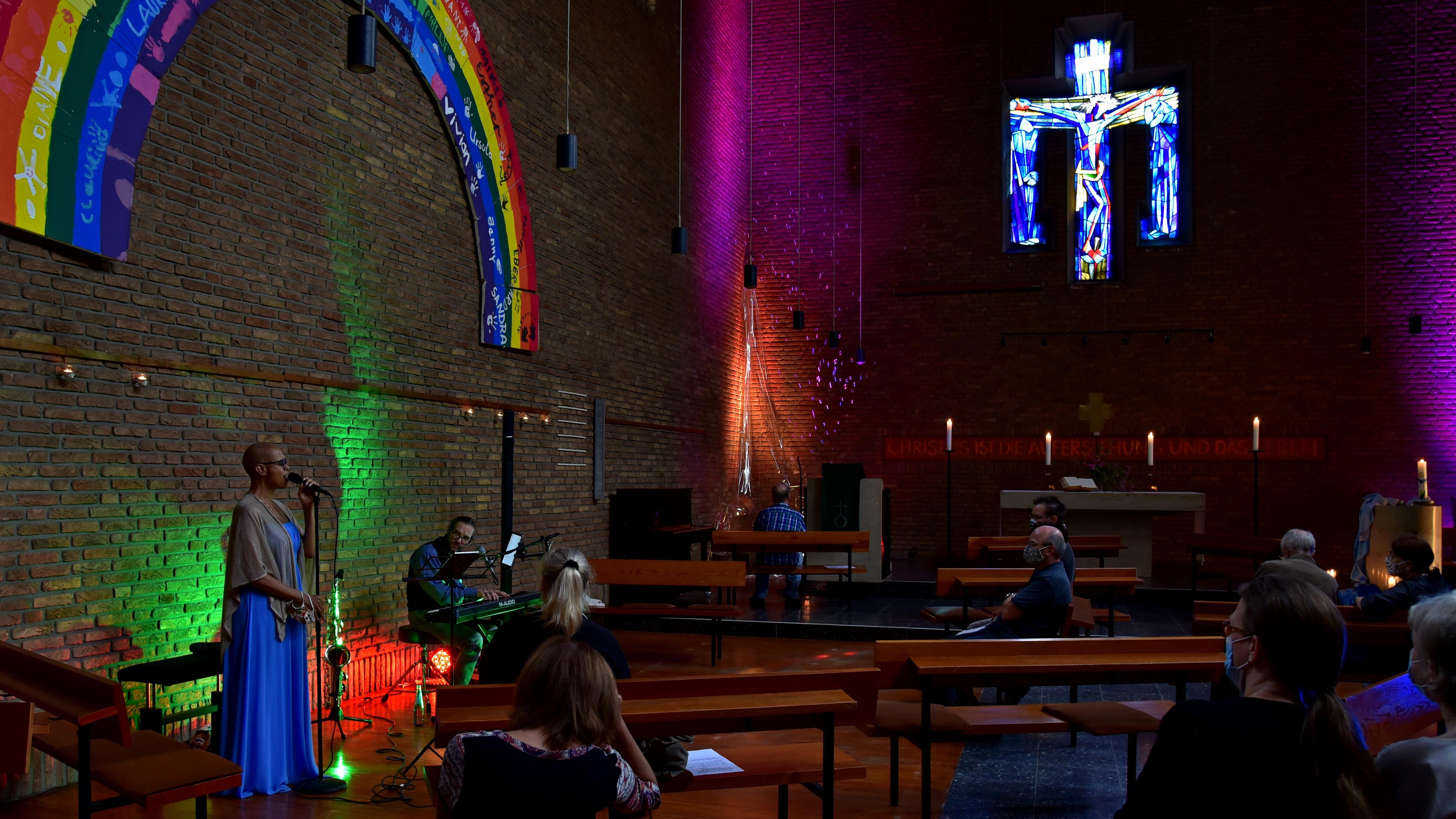 """""""Rastplatz-Zeit"""" in der evangelischen Petrikirche in Köln-Niehl. Ein offenes Angebot an jedem dritten Samstag im Monat."""