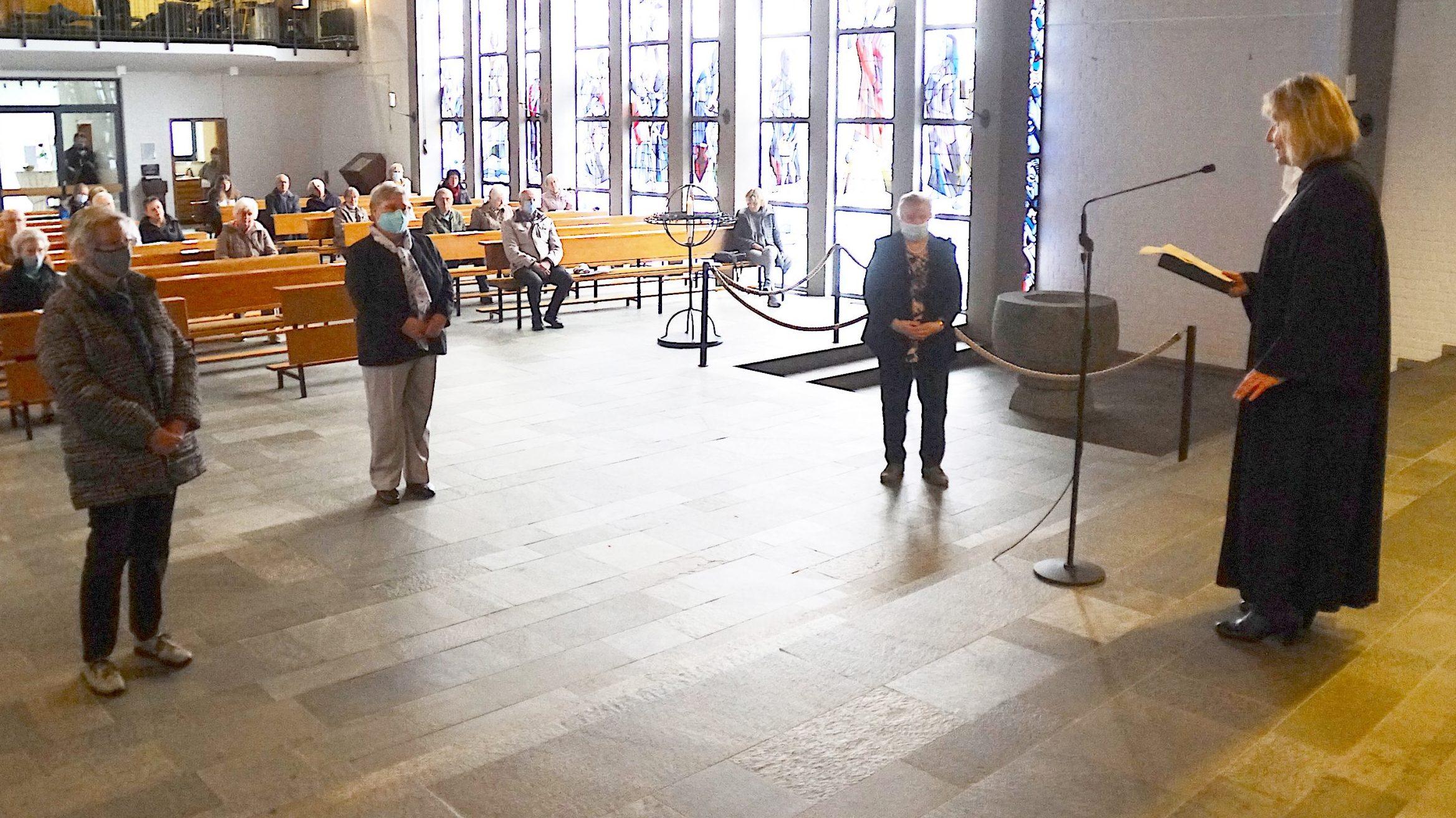 Für den Nächsten da sein – Kronenkreuz in der Andreaskirche Schildgen verliehen