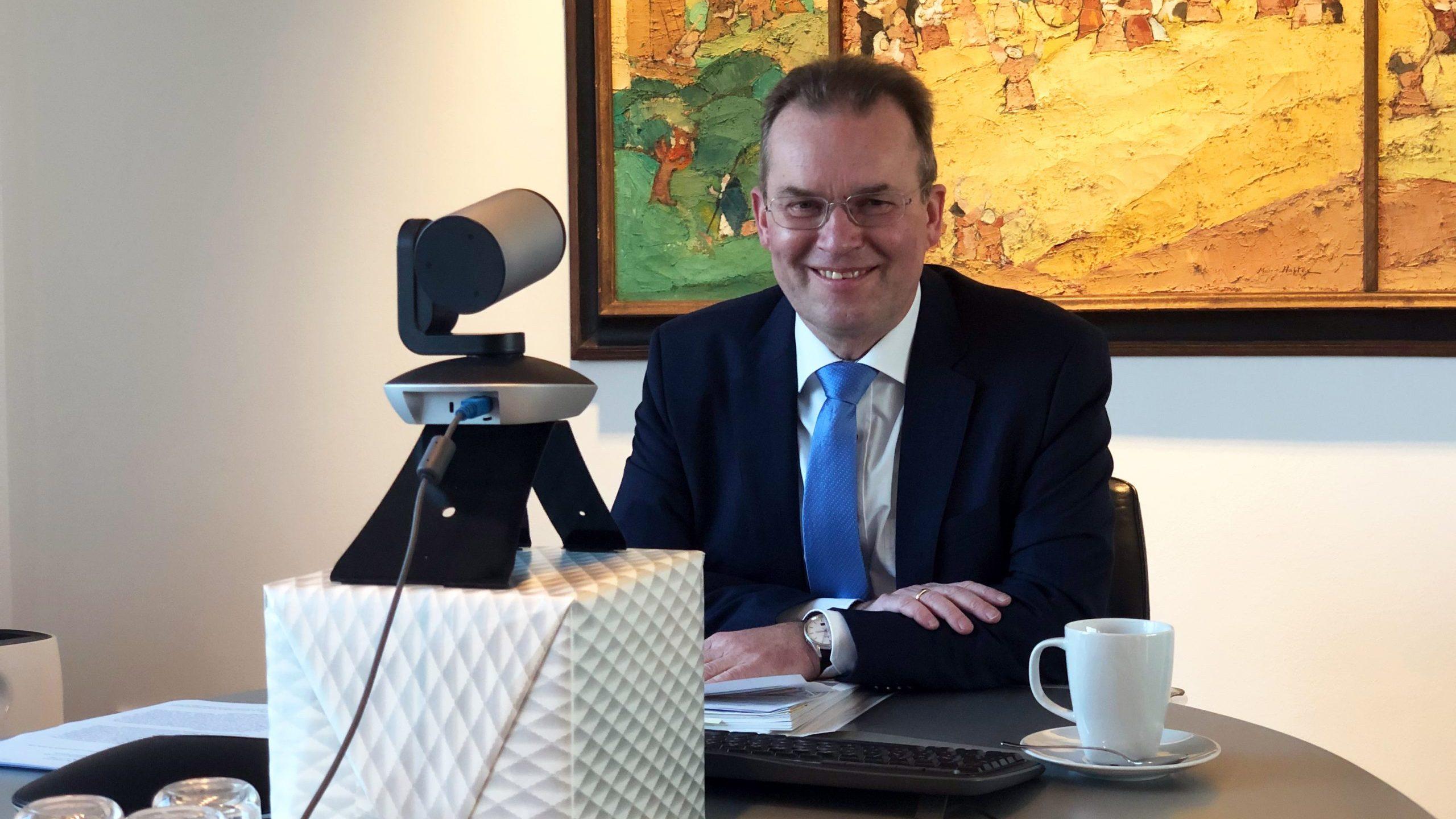 Stadtsuperintendent Bernhard Seiger im Amt bestätigt –Nachrichten von der Verbandsvertretung: Wahlen und Haushaltsberatungen