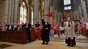 Ökumenische Andacht im Kölner Dom vor der Saison-Premiere des 1. FC Köln: Beten für alle Fans aller Vereine
