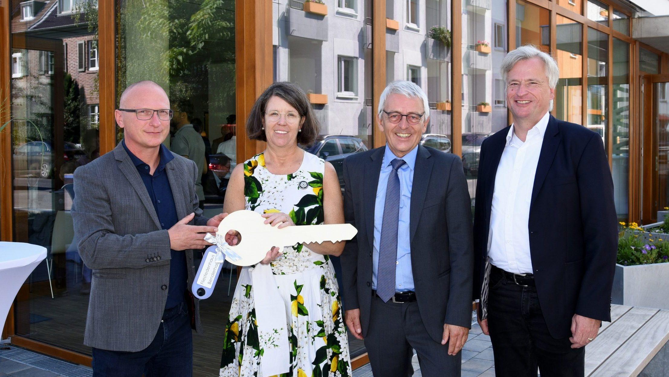 Evangelische Clarenbach-Kirchengemeinde Köln-Braunsfeld weiht neues Gemeindezentrum ein