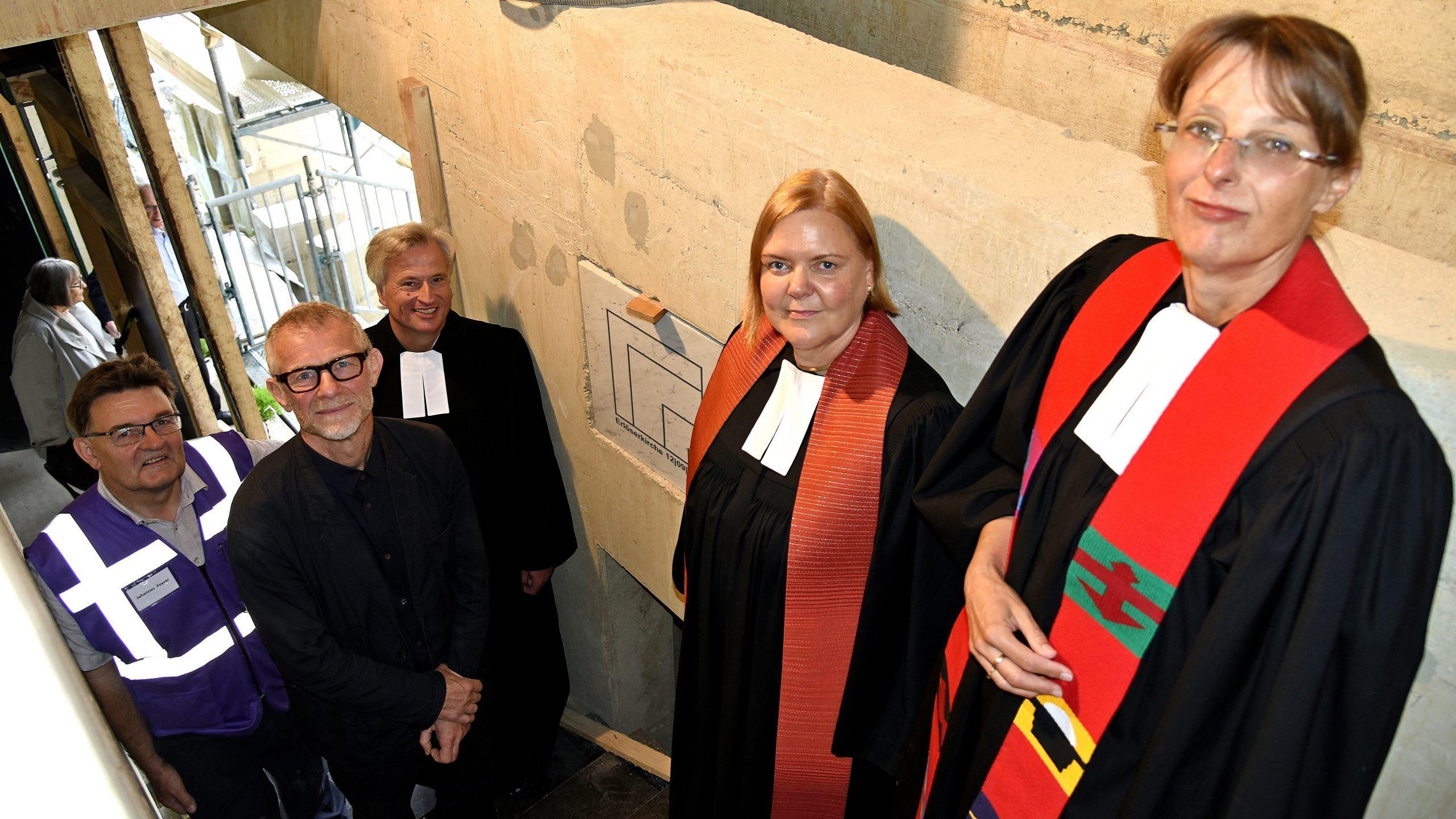 Kirchengemeinde Mauenheim-Weidenpesch feiert Grundsteinlegung