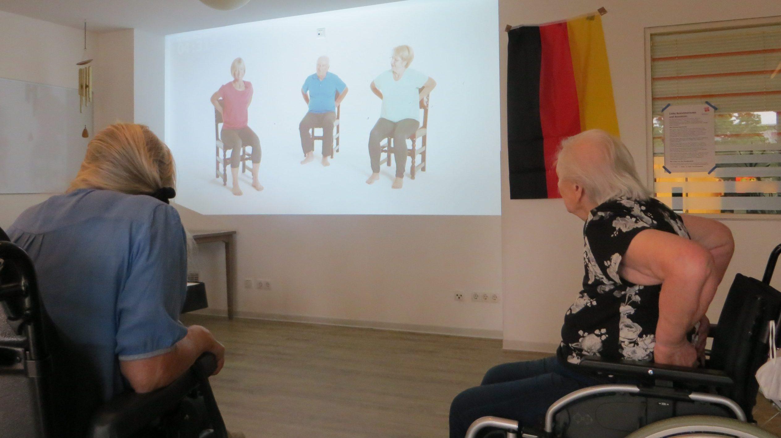 9500-Euro-Spende: Diakonie Michaelshoven kann zwei audiovisuelle Projektoren für Menschen mit Demenz anschaffen