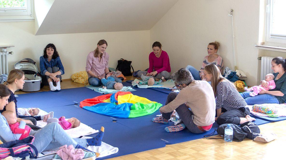 Evangelische Familienbildungsstätte: Kostenlose Kurse für Eltern mit Kleinkindern